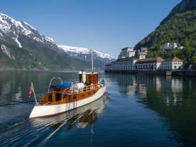 M/Y Tysso, AS Tyssefaldene sin gamle direksjonsbåt, no i Norsk Vasskraft- og Industristadmuseum si eige. (Foto Harald Hognerud, Norsk Vasskraft og Industristadmuseum)