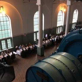 Turbinhallen i Tysso 1 blir i dag mellom anna brukt til gallamiddagar. (Foto: Knut Markhus, Norsk Vasskraft- og Industristadmuseum)