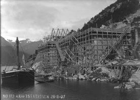 Bygging av TYsso 1, 1907. (Norsk Vasskraft- og Industristadmuseum sitt arkiv)