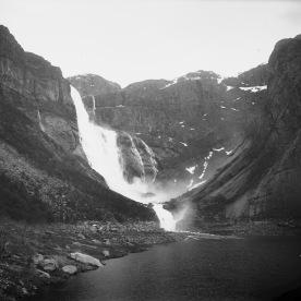 Ringedalsfossen, ukjent år. (Norsk Vasskraft- og Industristadmuseum sitt arkiv)